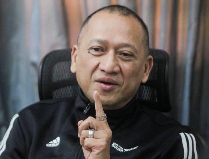 Ku Li letak jawatan kerana kecewa semua MP Umno tak sokongnya jadi PM – Nazri