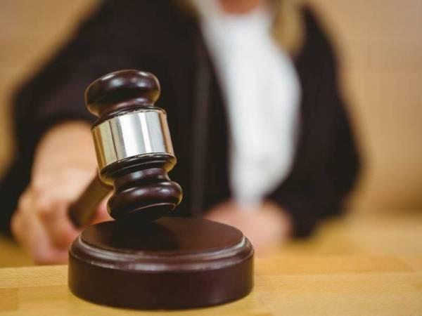 Panas!! Seorang Anggota Polis berdepan 114 pertuduhan rasuah