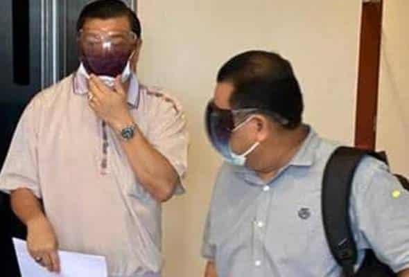 Gempar !!! Pegawai SPRM diberkas kerana ambil rasuah RM100,000