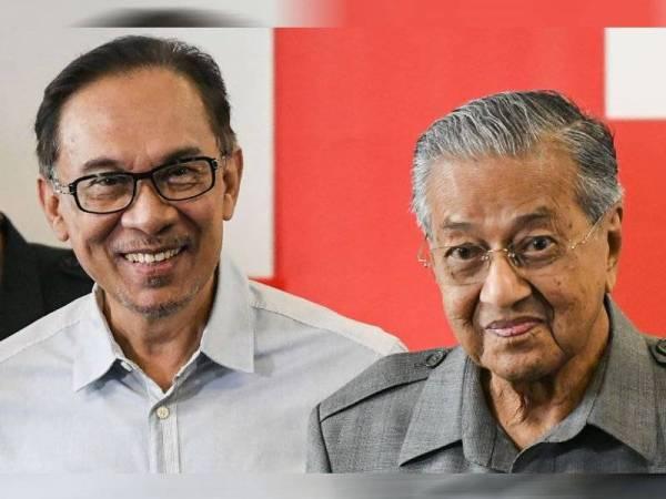 'Mahathir bukan nyanyuk, dia hanya mahu kuasa' – Pemuda PKR