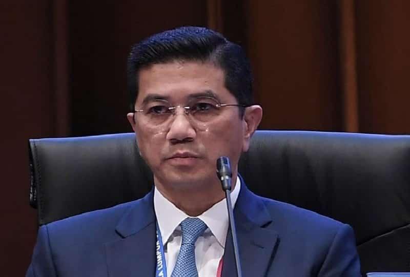 Kecoh di parlimen dakwaan Azmin campur urusan speaker, ini jawapan Azmin
