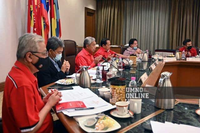Belum 24 Jam dilantik PM, MKT Umno sudah serang Muhyiddin