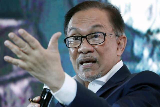 Terkini : PM umum Anwar bertaraf menteri sekarang