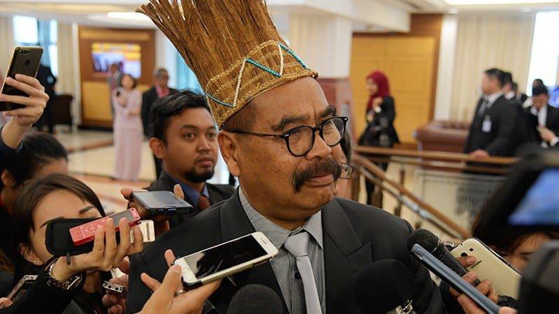Cipta sejarah, Dewan rakyat akan dapat timb. Speaker dari orang asli pertama di negara