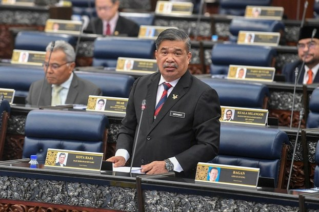 Panas !!! Mat Sabu dedah ada menteri simpan RM900 Juta dalam bank